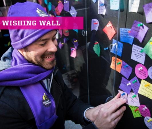 タイムズ・スクエアの願いの壁(Wishing Wall)_b0007805_10430800.jpg
