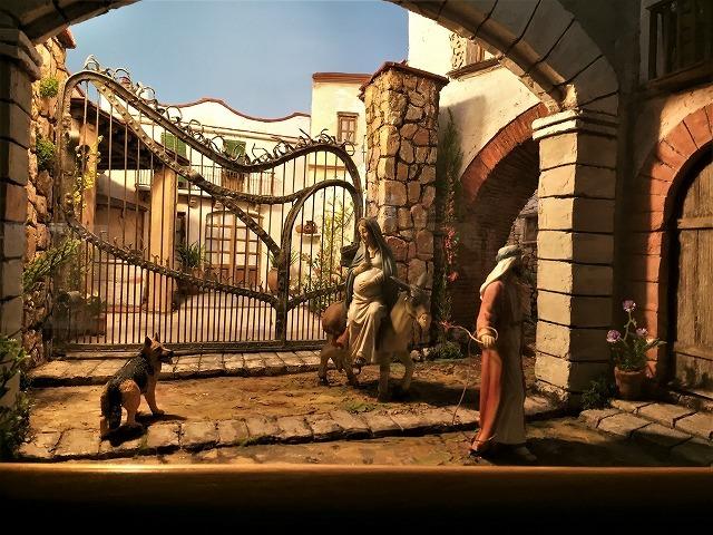 メルカデール邸のベレン展示_b0064411_07275736.jpg