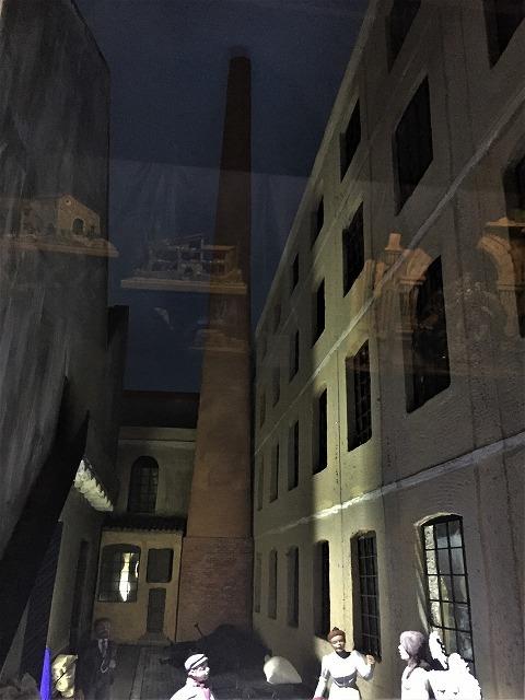 メルカデール邸のベレン展示_b0064411_07325600.jpg