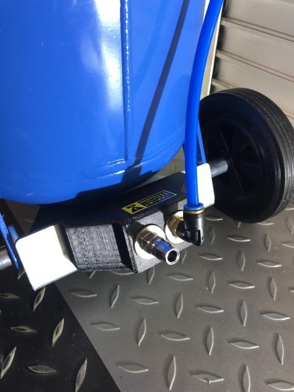 Ducati F1重曹ブラストに挑戦_a0051924_11494045.jpeg