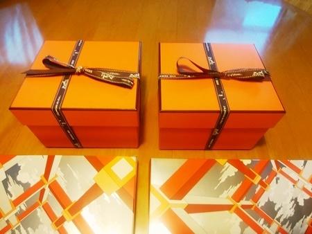 HERMESのプレゼント_b0312424_09082036.jpg