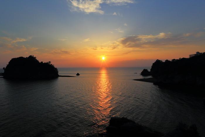 夕日の海を眺めながらの露天風呂_b0084241_21371216.jpeg