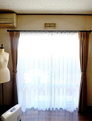 ビリビリカーテンがきれいになりました♪_b0194861_14040189.jpg