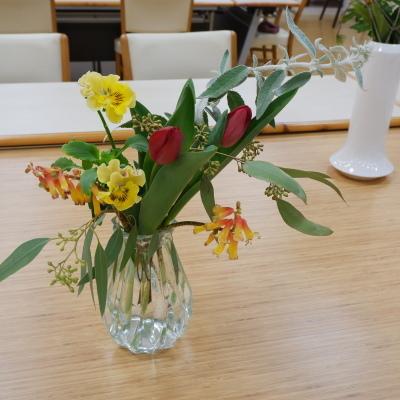 オークリーフ(絵画教室の花10)_f0049672_19491200.jpg