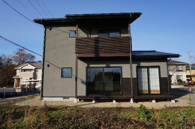 花巻の家 完成写真 その①_f0105112_05003145.jpg