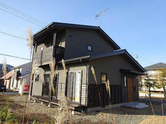 花巻の家 完成写真 その①_f0105112_05060936.jpg