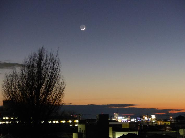 月と金星_f0296312_23472389.jpg