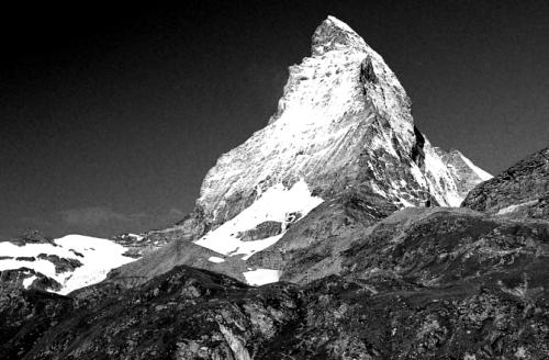 スイスアルプスを代表する個性的な名峰の数々の写真アルバム_a0113718_14291737.jpg