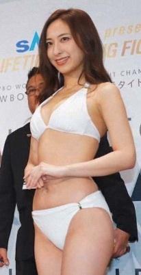 ボクシング井岡の試合でラウンドガールを務める美女の名前は保科凛_e0192740_14071548.jpg