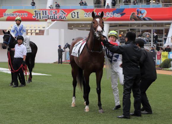 中山競馬場へ_e0234741_16225870.jpg