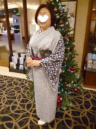 絞りの訪問着のお客様(1)樋熊哲也さんの着物と帯。_f0181251_17570472.jpg