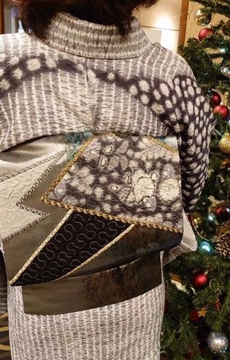 絞りの訪問着のお客様(1)樋熊哲也さんの着物と帯。_f0181251_18020238.jpg