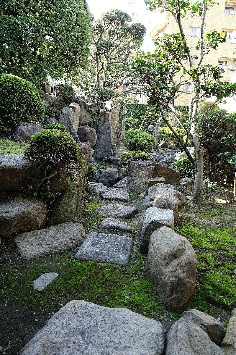 日下山 願泉寺庭園_c0112559_13091443.jpg
