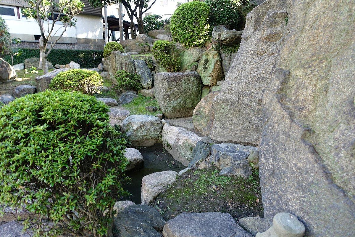 日下山 願泉寺庭園_c0112559_13144999.jpg
