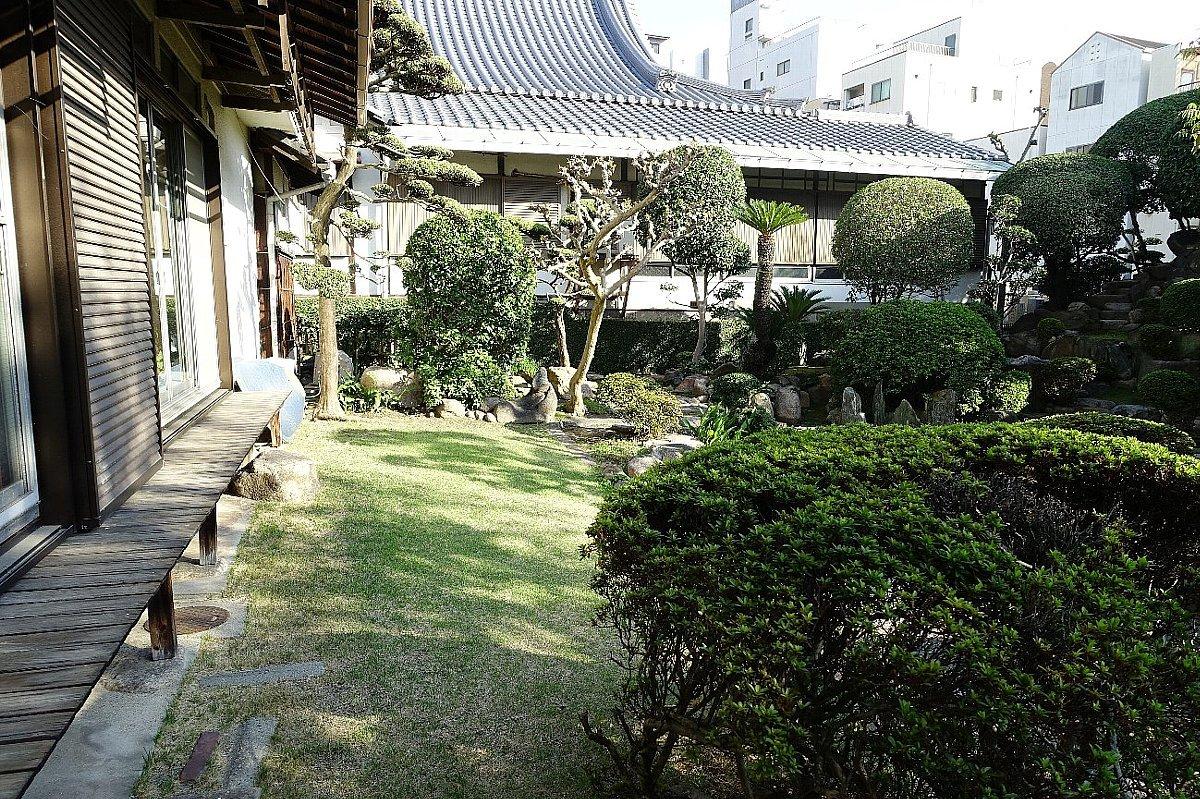 日下山 願泉寺庭園_c0112559_13150402.jpg