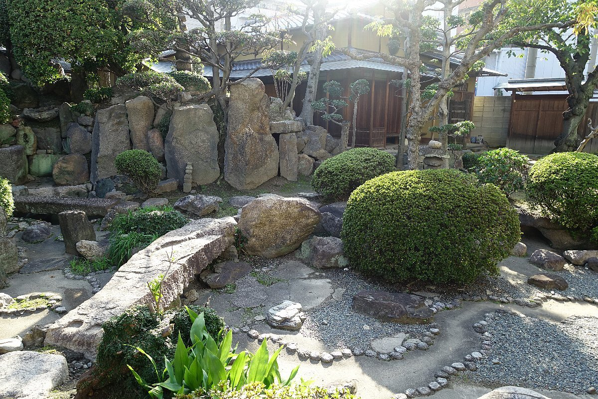 日下山 願泉寺庭園_c0112559_13164779.jpg