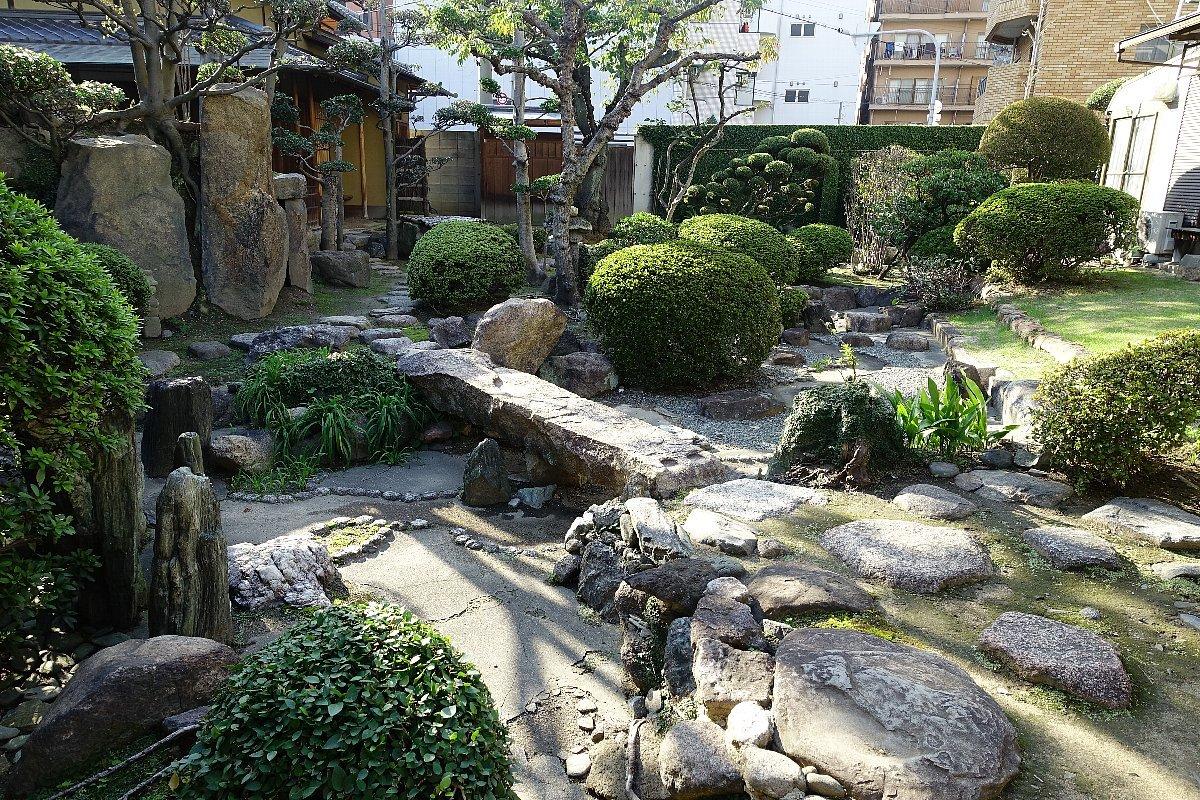 日下山 願泉寺庭園_c0112559_13171727.jpg