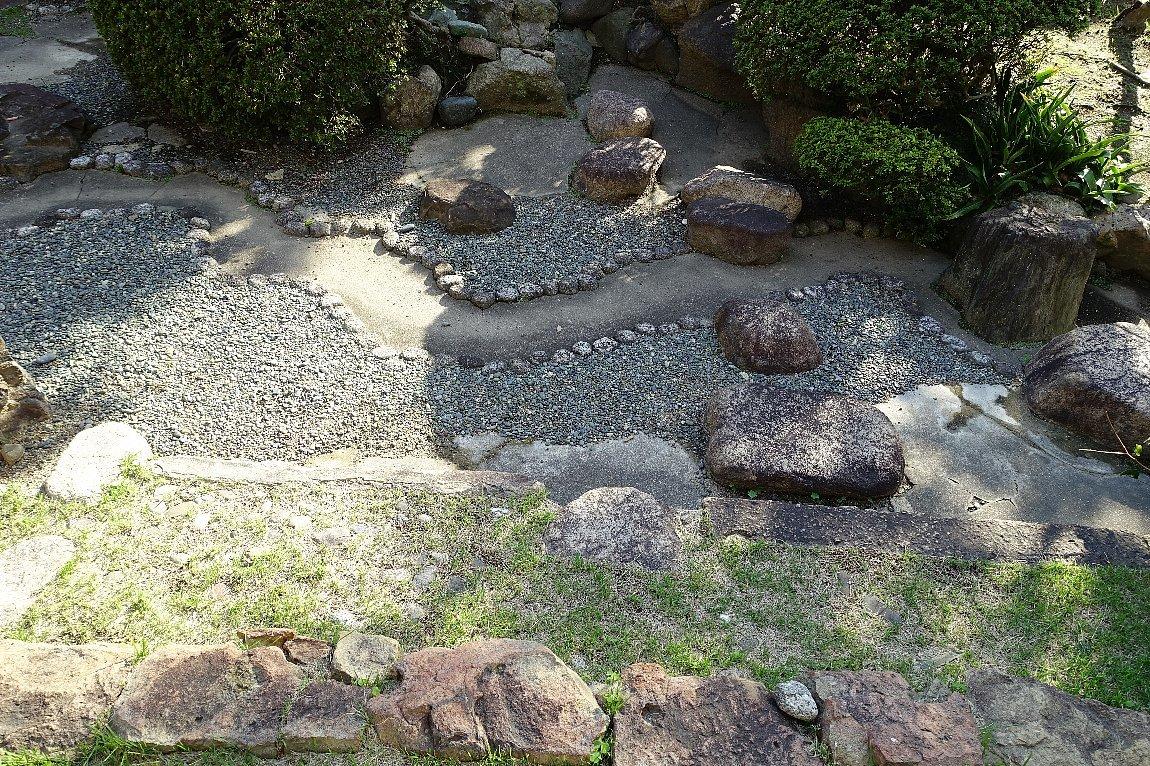 日下山 願泉寺庭園_c0112559_13175670.jpg