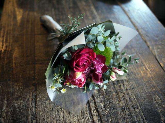 お誕生日の花束。「大人っぽく、ちょっと華やか」。2019/12/28。_b0171193_23575954.jpg