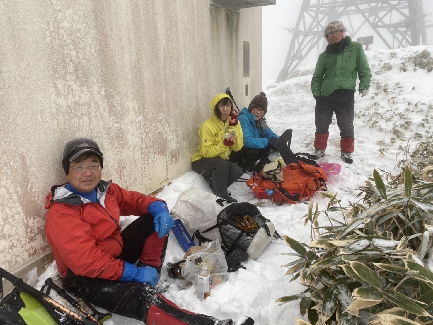 2019年山納めの紋別岳、2019.12.30ー同行者からの写真ー_f0138096_23572412.jpg