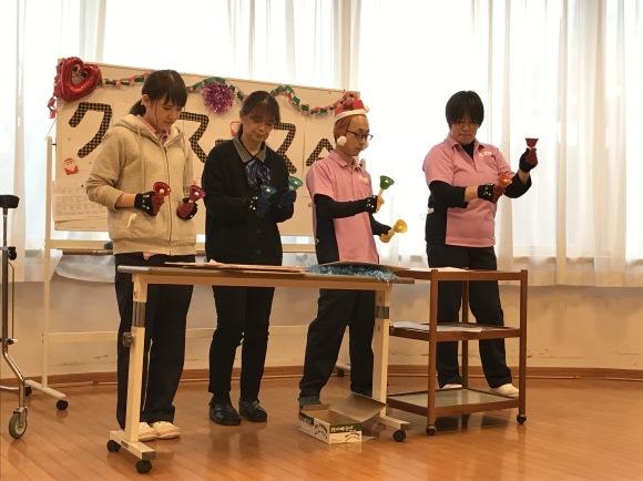 クリスマス会開催_e0163042_12332362.jpg