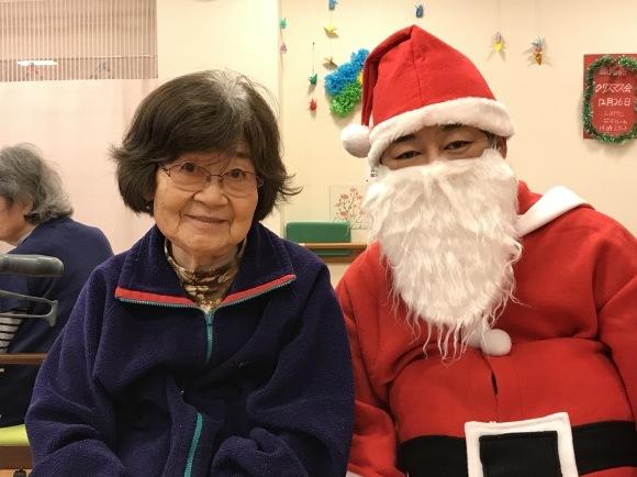 クリスマス会開催_e0163042_12352003.jpg