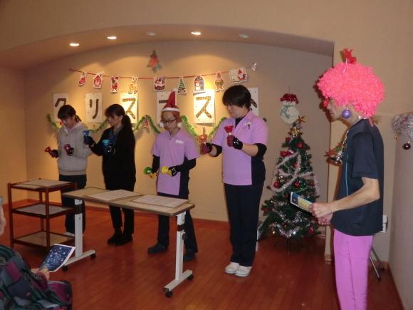 クリスマス会開催_e0163042_12581697.jpg