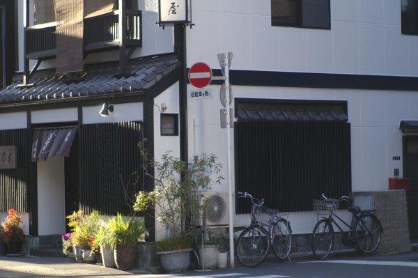 師走の人形町 R-D1 Hektor7.3cm/1.9 (2)_e0129750_13315406.jpg