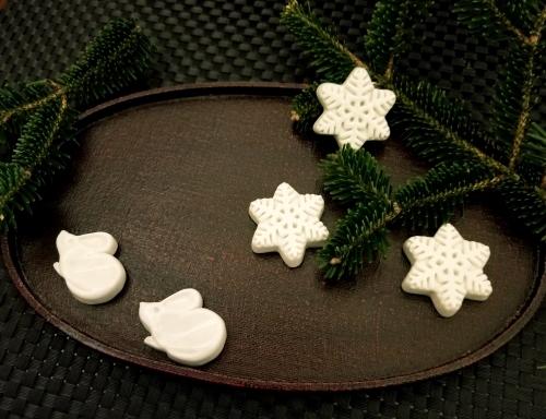 年の瀬 * メタルビーズ教室で作るクリスマスと干支のモチーフ♪_f0236260_15210315.jpg