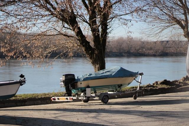 真冬のポー川の風景です_d0047461_14094365.jpg