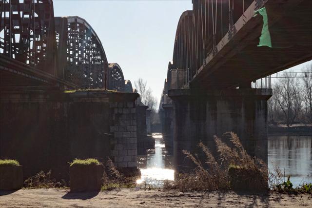 真冬のポー川の風景です_d0047461_14094425.jpg