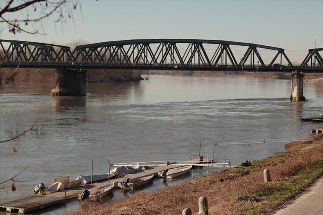 真冬のポー川の風景です_d0047461_14133215.jpg