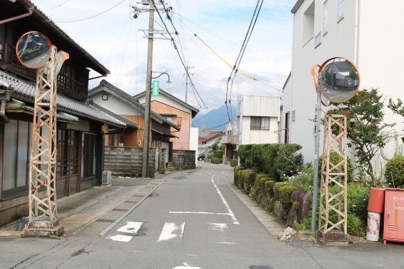 楚原ねじり橋への道_c0001670_11041830.jpg