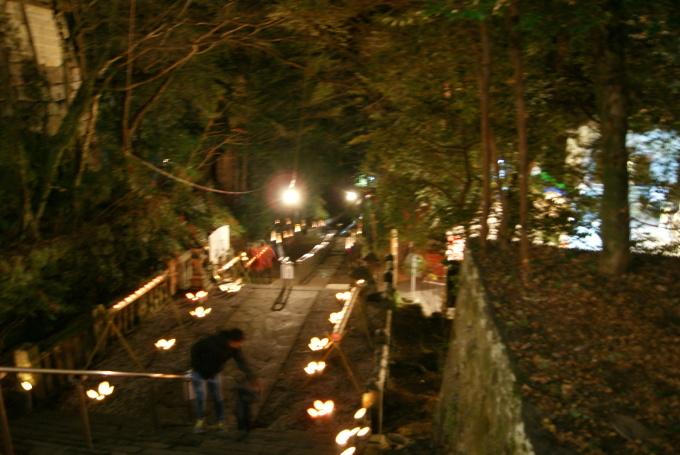 明けましておめでとうございます。竹宵は今晩だけです。R1.1.1_f0191383_23580054.jpg
