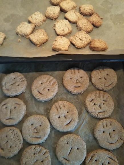 年越しそばと、スマイルクッキーの硬い事。。。、(~_~;)_f0316507_18543386.jpg