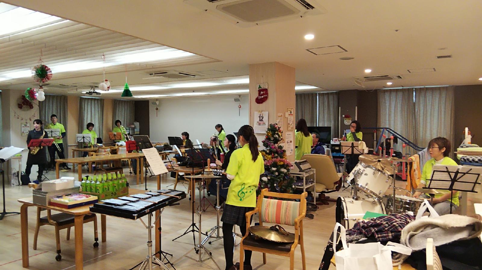 12月22日(日)葵の園佐倉南 クリスマス訪問演奏_f0200416_00110046.jpg