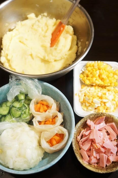 ■副菜お裾分け(2)【揚げ餃子の皮乗せポテトサラダ】_b0033423_21200642.jpg