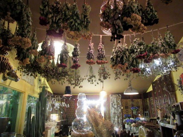 追分・FLOWER FIELD Gardens * お正月用のお花も雑貨もお買い得♪_f0236260_18554422.jpg