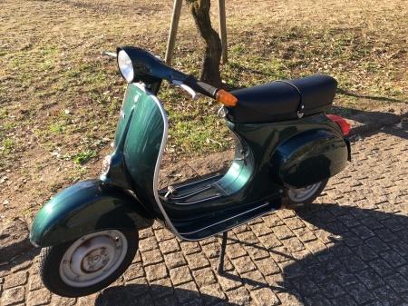 新春初荷! Piaggio Vespa 100  グリーンメタリック_f0123137_14450327.jpg