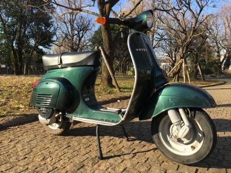 新春初荷! Piaggio Vespa 100  グリーンメタリック_f0123137_14451533.jpg