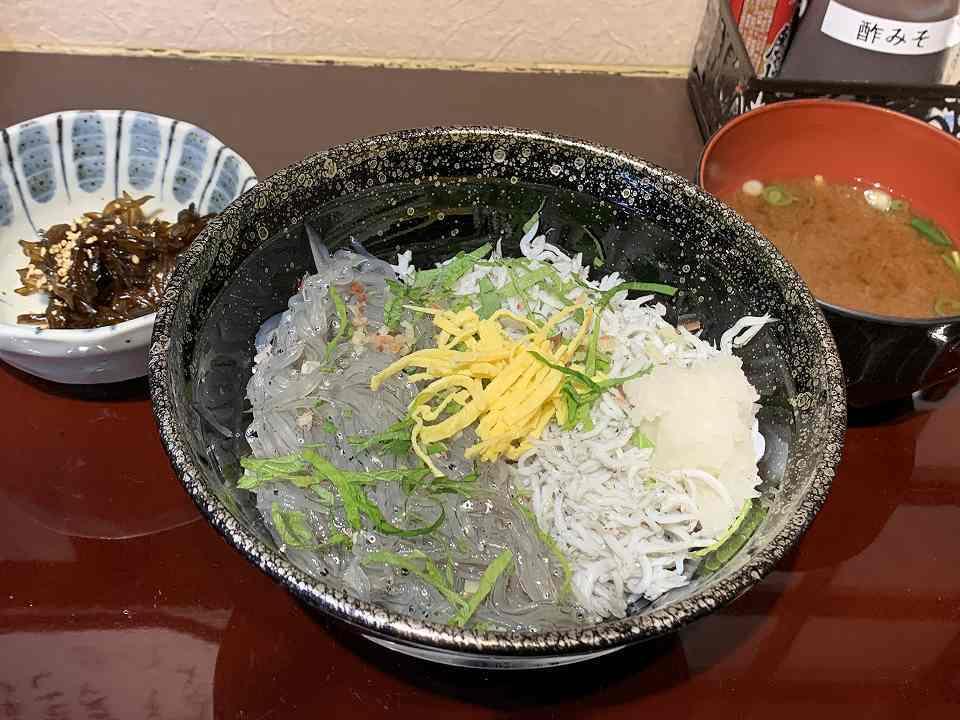 伊勢市の海鮮料理「浜与本店」_e0173645_14342927.jpg
