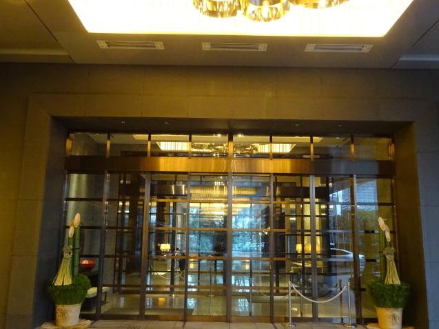 年末の「パレスホテル東京」 (1)_b0405262_13084900.jpg