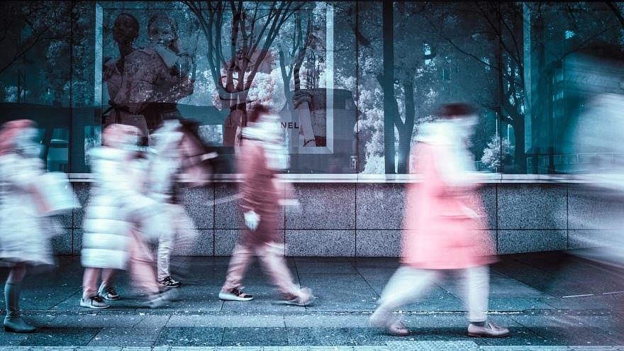 街路樹が白化し発狂した正月の都心_d0353489_21465386.jpg