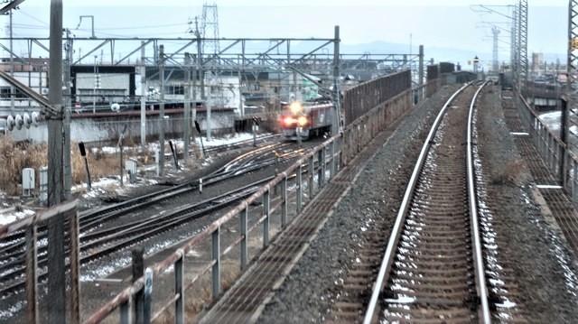 青森駅は還暦を迎えました。そして、大改装中です。青い森鉄道と雪景色、雪の中を激走する貨物列車とモーリーくん_d0181492_23453964.jpg