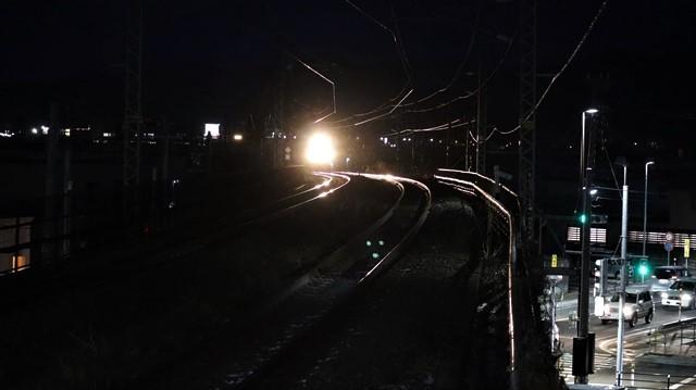 青い森鉄道に可愛い電車が登場「11匹のねこちゃん」列車は可愛過ぎます。冠雪の「岩木山」_d0181492_23544345.jpg