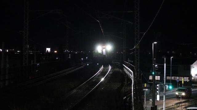 青い森鉄道に可愛い電車が登場「11匹のねこちゃん」列車は可愛過ぎます。冠雪の「岩木山」_d0181492_23550822.jpg