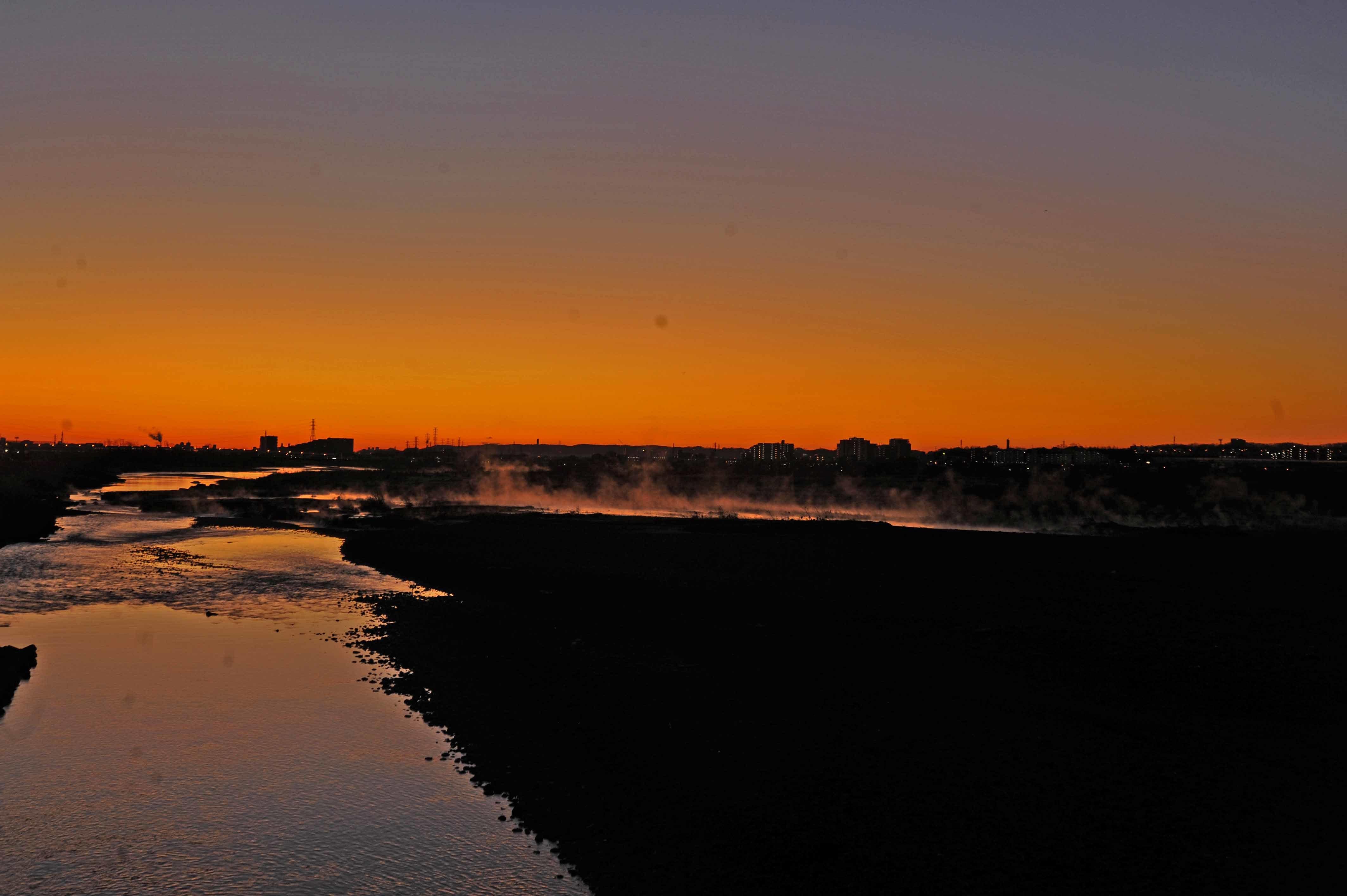 多摩川の川霧_f0173596_16114625.jpg