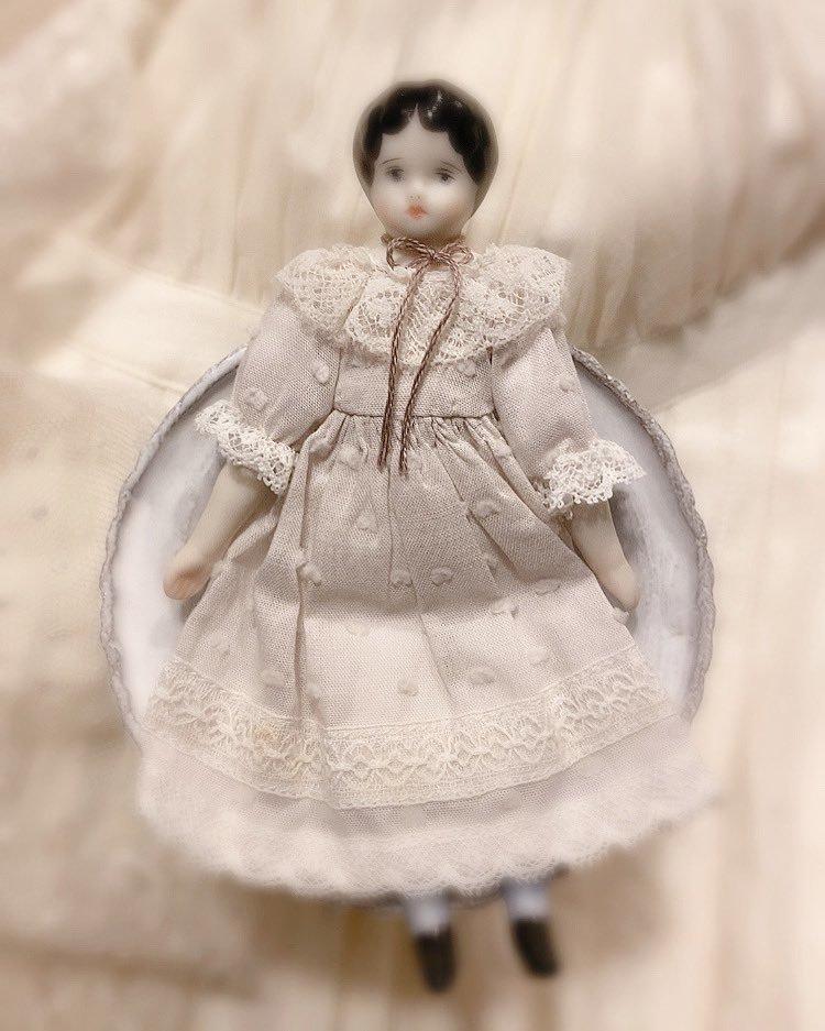 エミリの人形_c0203401_14130449.jpeg