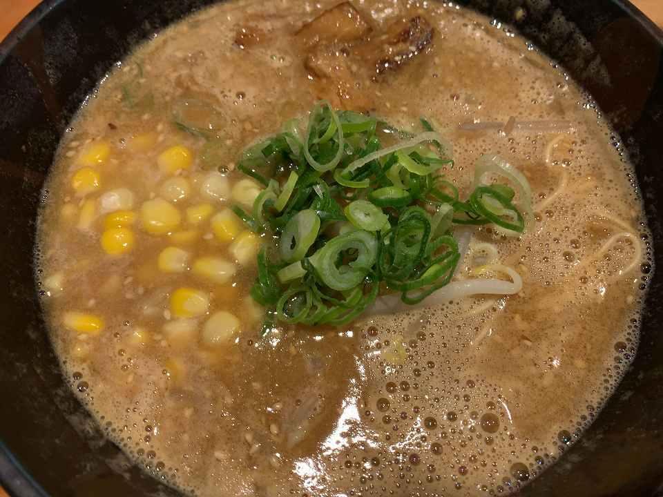 石橋阪大前のラーメン「らー麺 雄」_e0173645_11290199.jpg
