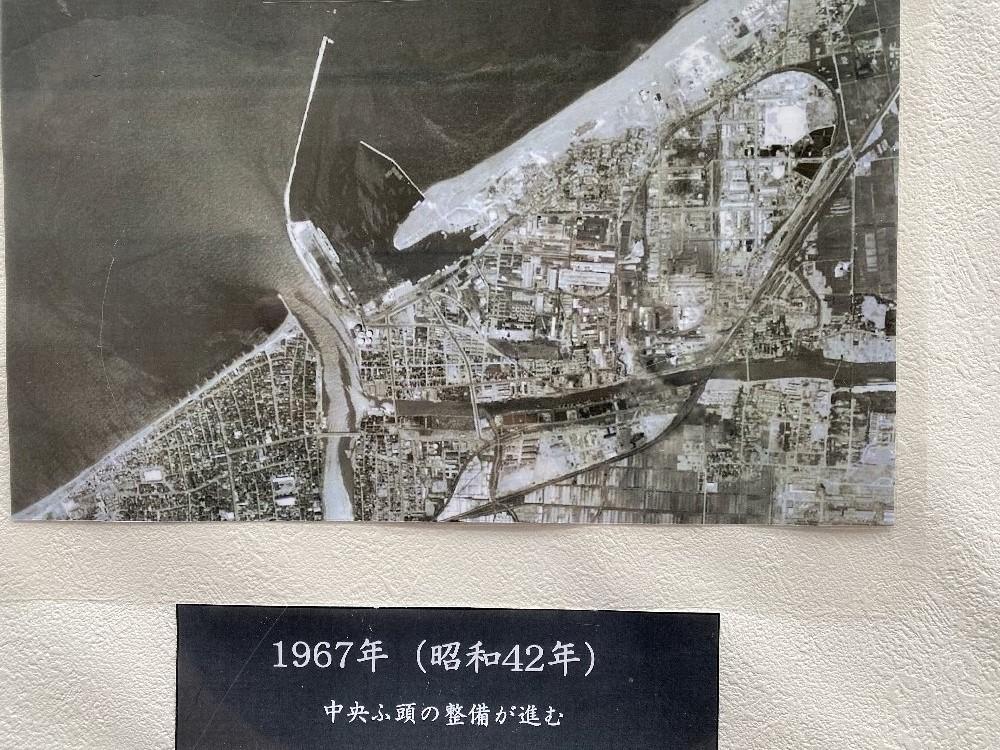 直江津港の変貌_e0065084_23201073.jpg